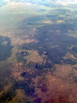 Bombenkrater? Einschlaege? Ufo-Landungen? - Irgendwo ueber Northern Texas oder so, 2. August 2006