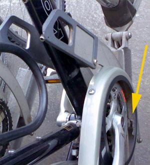Velozerstörende Fahrradständer am Bollwerk: Wofür wähle ich eigtentlich rotgrün?! (April 2007)