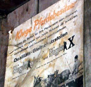 Qualitäts-Gleitschutzstollen, boah! (Hof zwischen Hasli und Riggisberg, 12. August 2007)