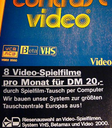 Video-Zeitschriften von 1981 (Kinothek / Videoplay 7 und 5/1981): Dasselbe Angebot wie heute... drei Systeme - und der Kunde darfs ausbaden! (Archiv Andi Jacomet)