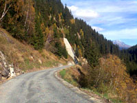 Was Sedrun von der NEAT behalten wird: Abluftstollen im Val Nalps (November 2006 - Klicken für grosse Fassung)