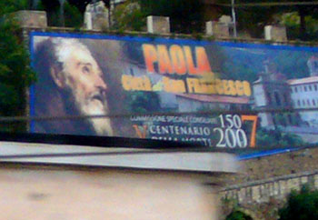 Paola... oder Francesco? (Paola, Kalabrien, aus dem Intercity Messina - Roma, September 2007)