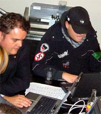 Friedliche Begegnung zweier Lager im Berner Rathaus - Wahltag am 21.10.2007