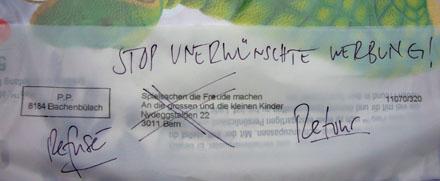 Das einzig Richtige: Spam auf Kosten des Absenders zurücksenden (Manor-Werbung, Oktober 2007)