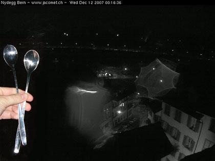 Die Nacht der langen Löffel vor der Bundesratswahl: Klicken für Webcam Bern-Nydeggstalden
