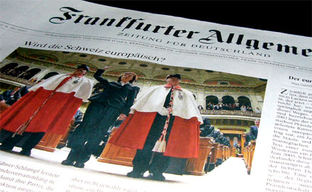 FAZ mit Eveline Widmer-Schlumpf auf der Frontseite (14.12.2007)