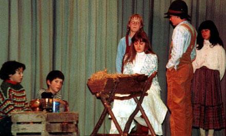 Schulweihnachtsfeier 1983 in Itingen (BL): Krippenspiel «Die drei Gaben»