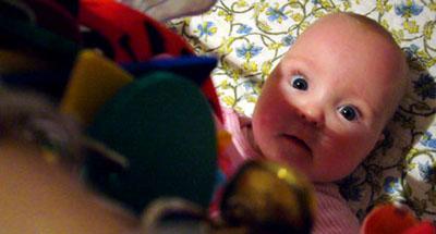 Sophie am posen für den stolzen Götti (Januar 2008)
