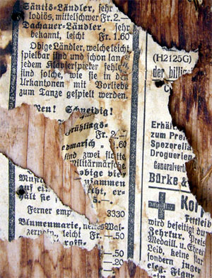 Alte Zeitungen, wohl aus den 30er-Jahren (Sedrun, März 2008)