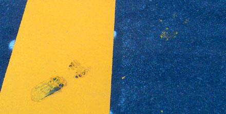Pflaaaaartsch! Unaufmerksamkeit führt zu gelben Sohlen (4. April 2008)