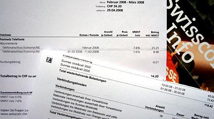 Die letzte Swisscom-Rechnung meines Lebens - endlich aus den Fängen der mühsamsten Telekombande des Landes befreit! Wer genau hinsieht, bemerkt, dass es sogar einen Tag gratis gab... (April 2008)