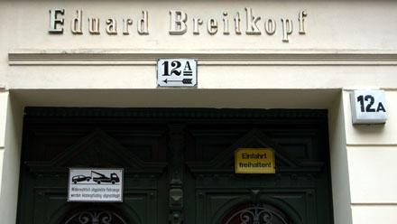 Wer wohl der Breitchopf Edi war? (Berlin, Mai 2008)