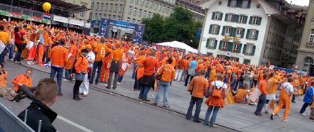 Bundesplatz, Freitag, 11.30 Uhr (13. Juni 2008)