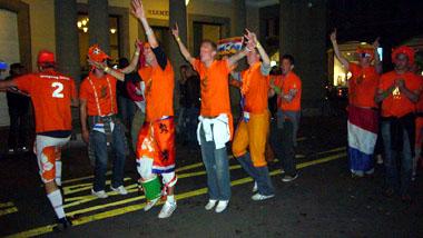 Feiern am Theaterplatz (Klicken für mehr Fotos)