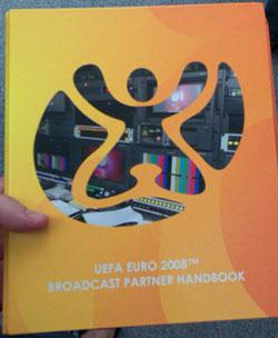 Das Broadcast Partner Handbook der Euro 2008
