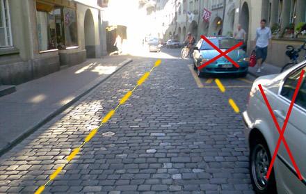 Rathausgasse Bern: Autos raus, Velostreifen her!